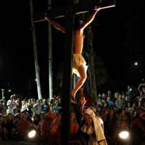 Apresentações da Paixão de Cristo são destaque do feriado de Páscoa em Ubatuba
