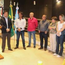Cerimônia em homenagem a Pedro Paulo Teixeira Pinto aconteceu no Teatro de Ubatuba